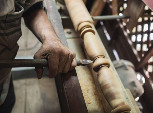 What Size Wood Lathe Do You Need to Turn Bowls?